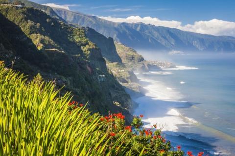 Madeira Safe to Discover_shutterstock_162720437_CostaNortePertoBoaventura_MD_Anilah